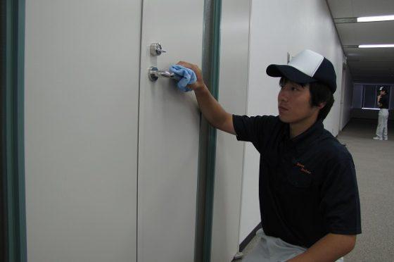 オフィスビル内の清掃業務(大阪市東成区)