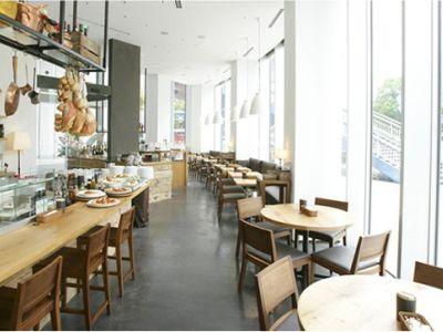 イタリアンレストランのキッチンスタッフ